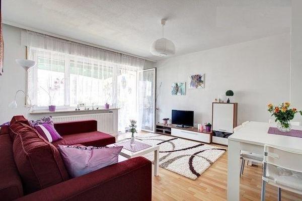 2 zimmer wohnung komplett m bliert in frankfurt vermietung 2 zimmer wohnungen kaufen und. Black Bedroom Furniture Sets. Home Design Ideas