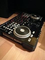 4 Deck DJ
