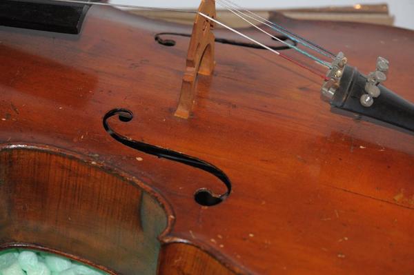 4099 altes antikes cello deutsch deko oder bastler in berlin streich und zupfinstrumente. Black Bedroom Furniture Sets. Home Design Ideas