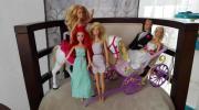 5 Barbies Kutsche