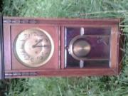 Antike Holzuhr