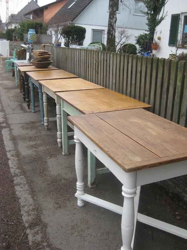 Antiker Esstisch Klein ~ antiker Esstisch, alter Tisch, Küchentisch, Bauerntisch, Jogltisch in Anzing