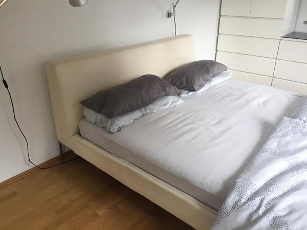 b b bett charles 1 60 m breit designklassiker in deisenhofen betten kaufen und verkaufen. Black Bedroom Furniture Sets. Home Design Ideas