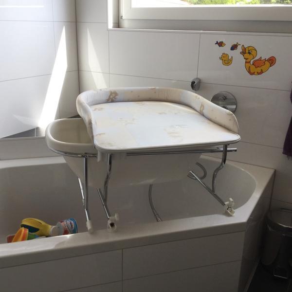 bade wickelkombination varix wickeltische. Black Bedroom Furniture Sets. Home Design Ideas