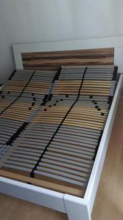 Bett Rahmen