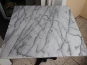Bistrotisch mit Marmorplatte
