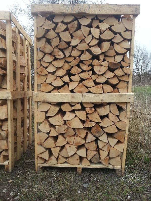brennholz ofenholz kaminholz per lkw buche fichte. Black Bedroom Furniture Sets. Home Design Ideas