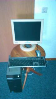 Computer mit Monitor,