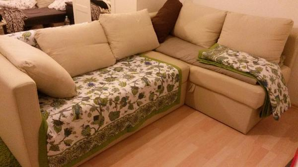 Gepflegter couch kleinanzeigen familie haus garten for Couch verschenken