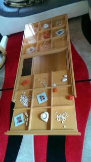 couchtisch mit glasplatte zum dekorieren haushalt m bel gebraucht und neu kaufen. Black Bedroom Furniture Sets. Home Design Ideas