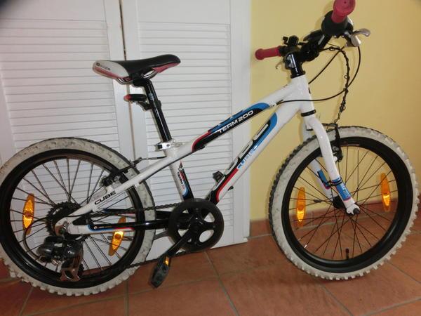 cube 20 zoll mountain bike in m nchen kinder fahrr der. Black Bedroom Furniture Sets. Home Design Ideas