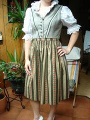 Dirndl made in