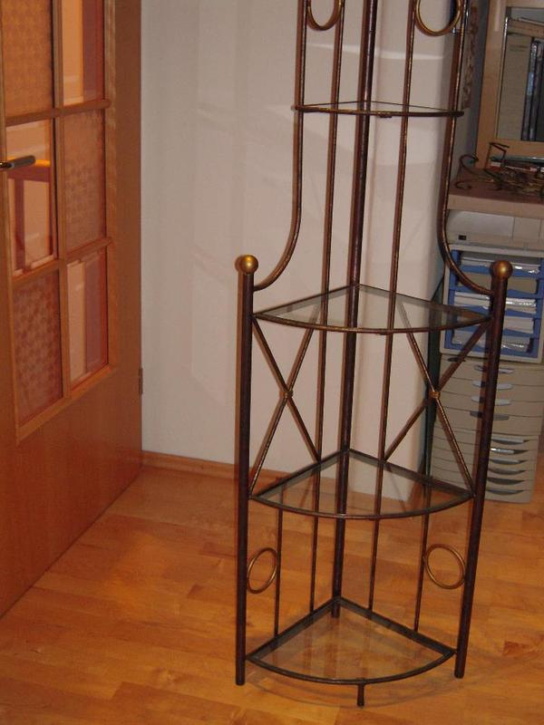 eck regal aus metall mit glasb den z b f wintergarten in m nchen regale kaufen und verkaufen. Black Bedroom Furniture Sets. Home Design Ideas