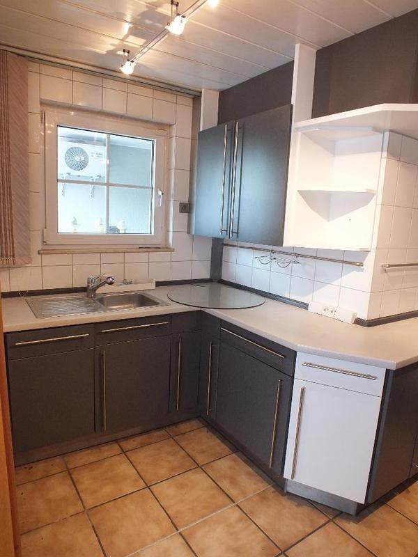 komplett k chen k chen gebraucht kaufen. Black Bedroom Furniture Sets. Home Design Ideas
