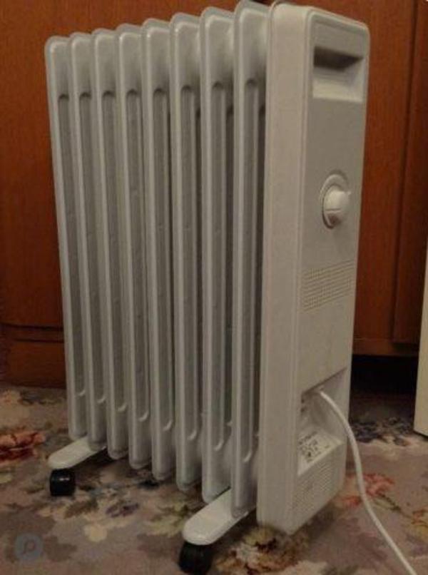elektro radiator 220v 2000w auf standrollen in stuttgart fen heizung klimager te kaufen und. Black Bedroom Furniture Sets. Home Design Ideas