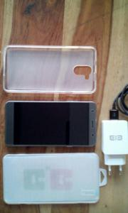Elephone P7000 Top