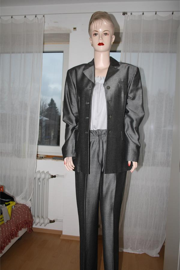 esprit festlicher damen hosenanzug silber grau gl nzend gr 40 in oberasbach festliche. Black Bedroom Furniture Sets. Home Design Ideas