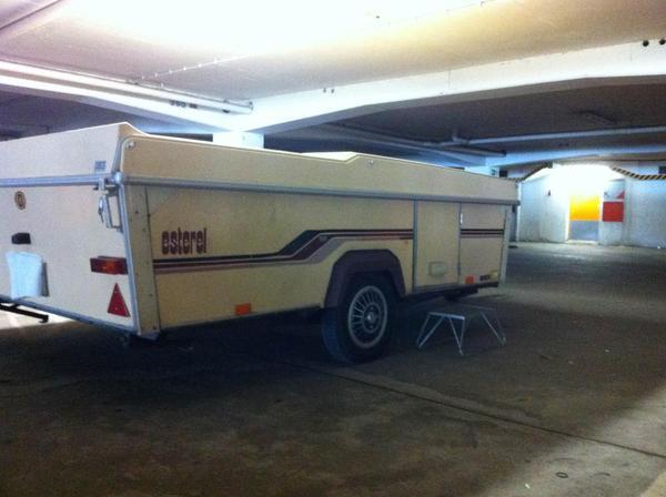 esterel klappwohnwagen in mannheim wohnwagen kaufen und verkaufen ber private kleinanzeigen. Black Bedroom Furniture Sets. Home Design Ideas