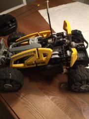 Ferngesteuertes Lego Auto