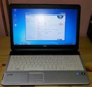 Fujitsu Siemens LifebookAH531