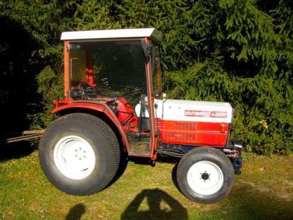 gebraucht kleintraktor gutbrod 4300 in augsburg traktoren landwirtschaftliche fahrzeuge. Black Bedroom Furniture Sets. Home Design Ideas