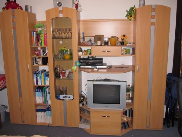 Gebrauchte wohnwand in gutem zustand g nstig abzugeben for Gebrauchte anbauwand