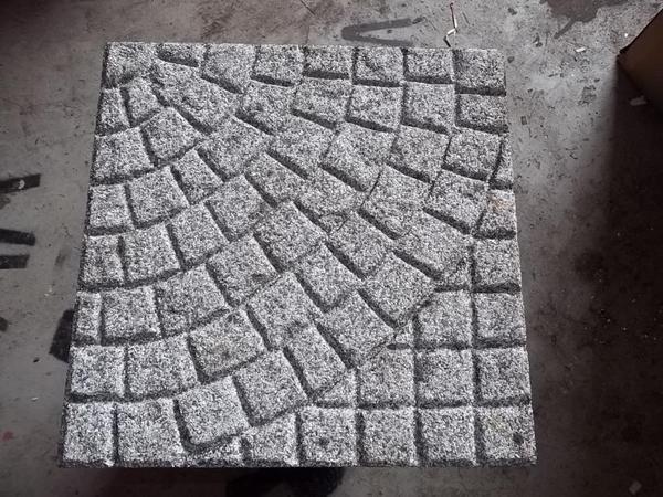 gehwegplatten mit muster in m nchen fliesen keramik. Black Bedroom Furniture Sets. Home Design Ideas