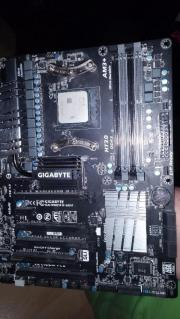 Gigabyte GA-990FXA-