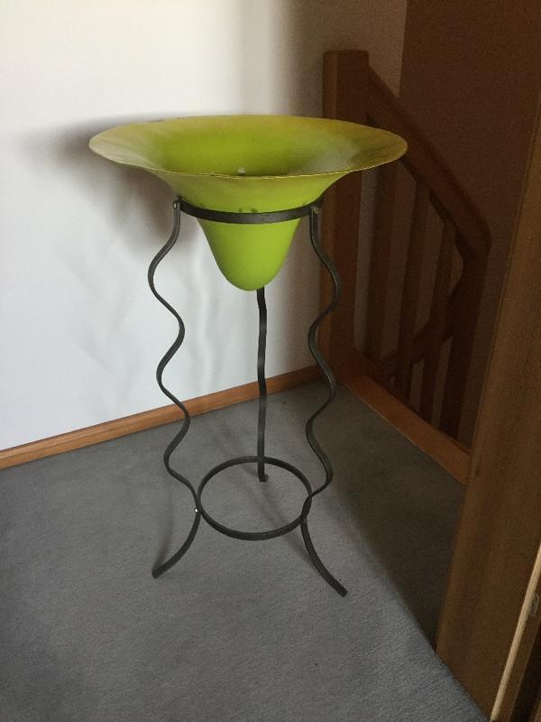 gro e glasschale dekoschale vase farbe gr n auf metallst nder in krailling dekoartikel kaufen. Black Bedroom Furniture Sets. Home Design Ideas