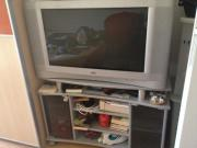 Großer Fernseher von