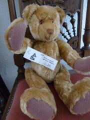 Handgefertigter Teddybär von