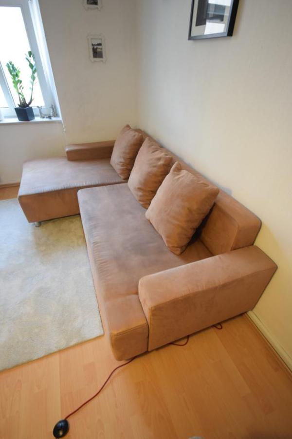 hochwertige ausziehbare eck couch zu verkaufen in m nchen. Black Bedroom Furniture Sets. Home Design Ideas