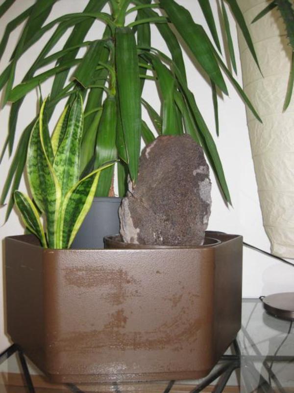 hydrokultur pflanzgef mit zimmerbrunnen in rechberghausen alles m gliche kaufen und. Black Bedroom Furniture Sets. Home Design Ideas