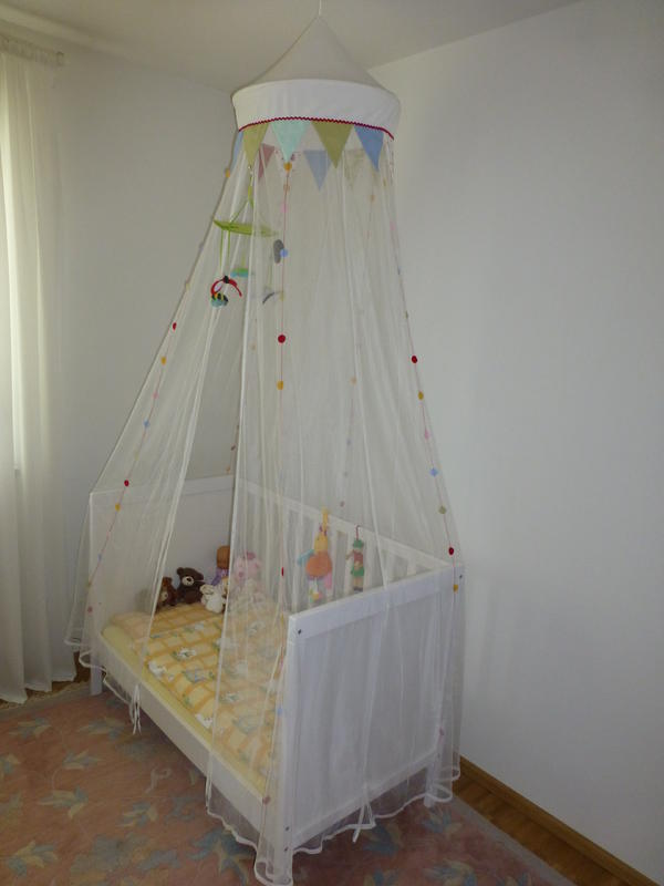ikea babybett sundvik wie neu in bamberg wiegen babybetten reisebetten kaufen und. Black Bedroom Furniture Sets. Home Design Ideas