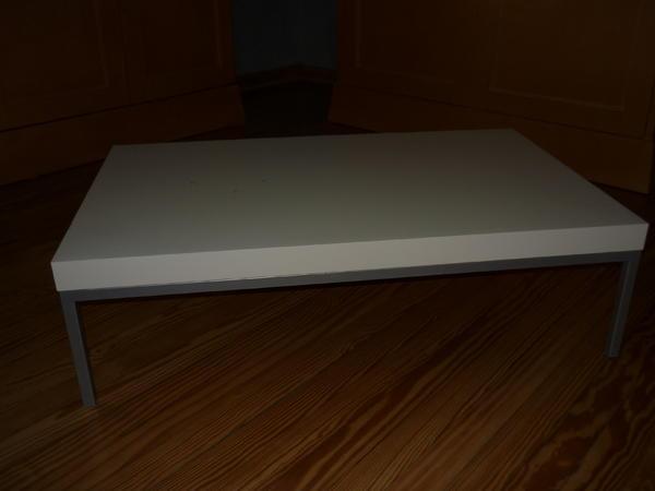 ikea klubbo couchtisch. Black Bedroom Furniture Sets. Home Design Ideas
