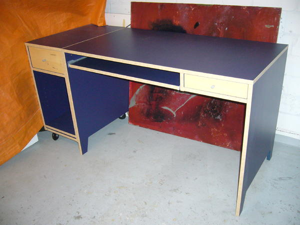 Ikea Frisiertisch Schublade ~ ikea pc schreibtisch robin mit roll ikea jugend pc schreibtisch blau