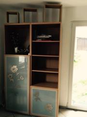 ikea wohnzimmerschrank haushalt m bel gebraucht und. Black Bedroom Furniture Sets. Home Design Ideas