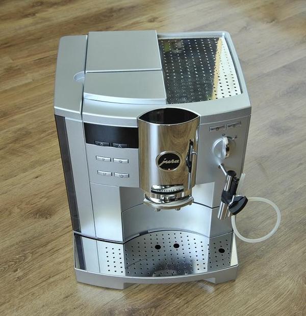 kaffeevollautomat jura impressa s9 avantgarde platin in. Black Bedroom Furniture Sets. Home Design Ideas