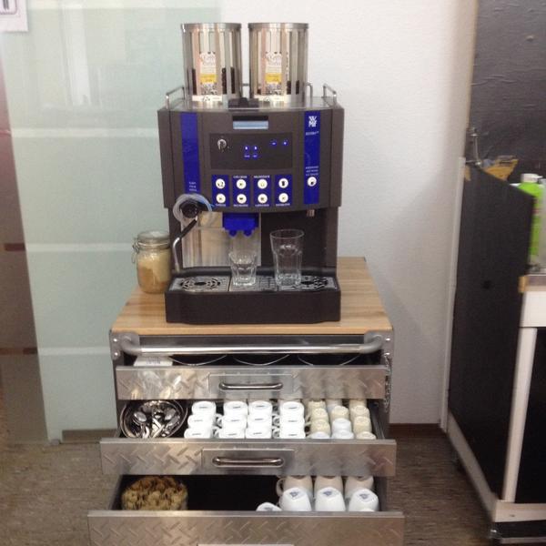 Kaffeevollautomat industriemaschine