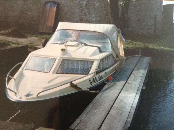 kaj tboot motorboot prototyp demus aussenborder in berlin motorboote kaufen und verkaufen. Black Bedroom Furniture Sets. Home Design Ideas