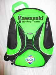 Kawasaki Racing Team Green Rucksack Ninja ZX Fuchs Oil Zum Verkauf steht ein Rucksack von Kawasaki (gekauft in Kawasaki Geschäft). Der Rucksack ist gebraucht, Farbe: Kawa-grün / schwarz mit Anteilen von ... 30,- D-64331Weiterstadt Heute, 14:06 Uhr, Weiter - Kawasaki Racing Team Green Rucksack Ninja ZX Fuchs Oil Zum Verkauf steht ein Rucksack von Kawasaki (gekauft in Kawasaki Geschäft). Der Rucksack ist gebraucht, Farbe: Kawa-grün / schwarz mit Anteilen von