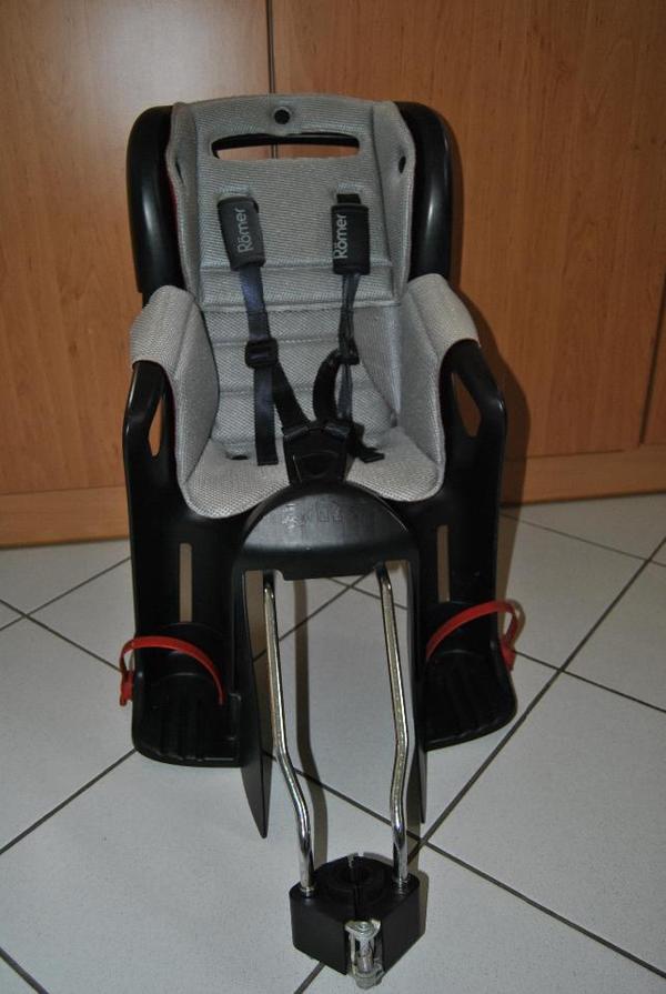 ich verkaufe einen fahrrad kindersitz der marke r mer. Black Bedroom Furniture Sets. Home Design Ideas
