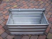 Klappbox aus Aluminium.