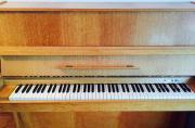 Klavier ***sehr gepflegt***
