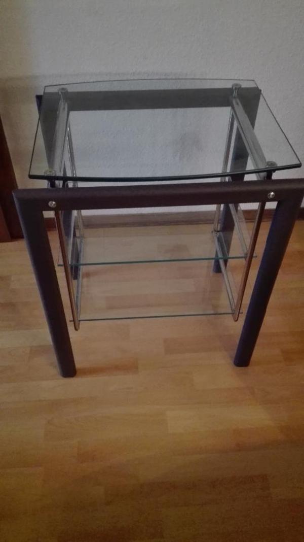 kleiner glastisch tv regal in niederhofen phono tv. Black Bedroom Furniture Sets. Home Design Ideas