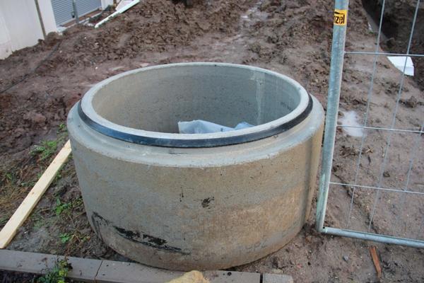 kontrollschachtring betonschachtring kontrollschacht betonring abwasserschachtring in. Black Bedroom Furniture Sets. Home Design Ideas