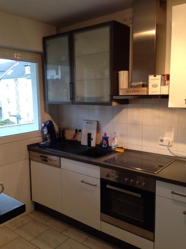 Küche in Hochglanz weiß und matt grau in Syke - Küchenzeilen ...