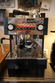 espressomaschine in berlin kaffee espressomaschinen. Black Bedroom Furniture Sets. Home Design Ideas
