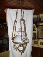 """Lampe, Esszimmerlampe wunderschöne, alte \""""Petroleumlampe\"""". Die Lampe ist selbstverständlich elektrisch umgerüstet, der ... 50,- D-74635Kupferzell Heute, 10:48 Uhr, Kupferzell - Lampe, Esszimmerlampe wunderschöne, alte """"Petroleumlampe"""". Die Lampe ist selbstverständlich elektrisch umgerüstet, der"""