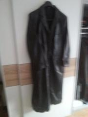 Ledermantel in schwarz